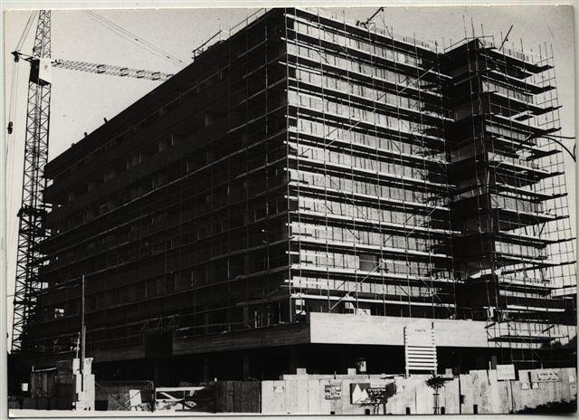 בבנייה, 1967